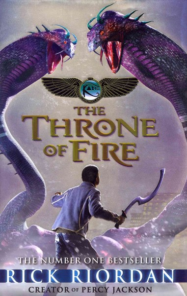 The Throne of Fire (The Kane Chronicles, Book 2) (French Edition)