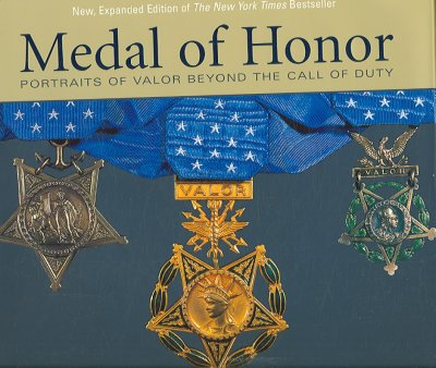 Medal of Honor: Portraits of Valor Beyond the Call of Duty cover